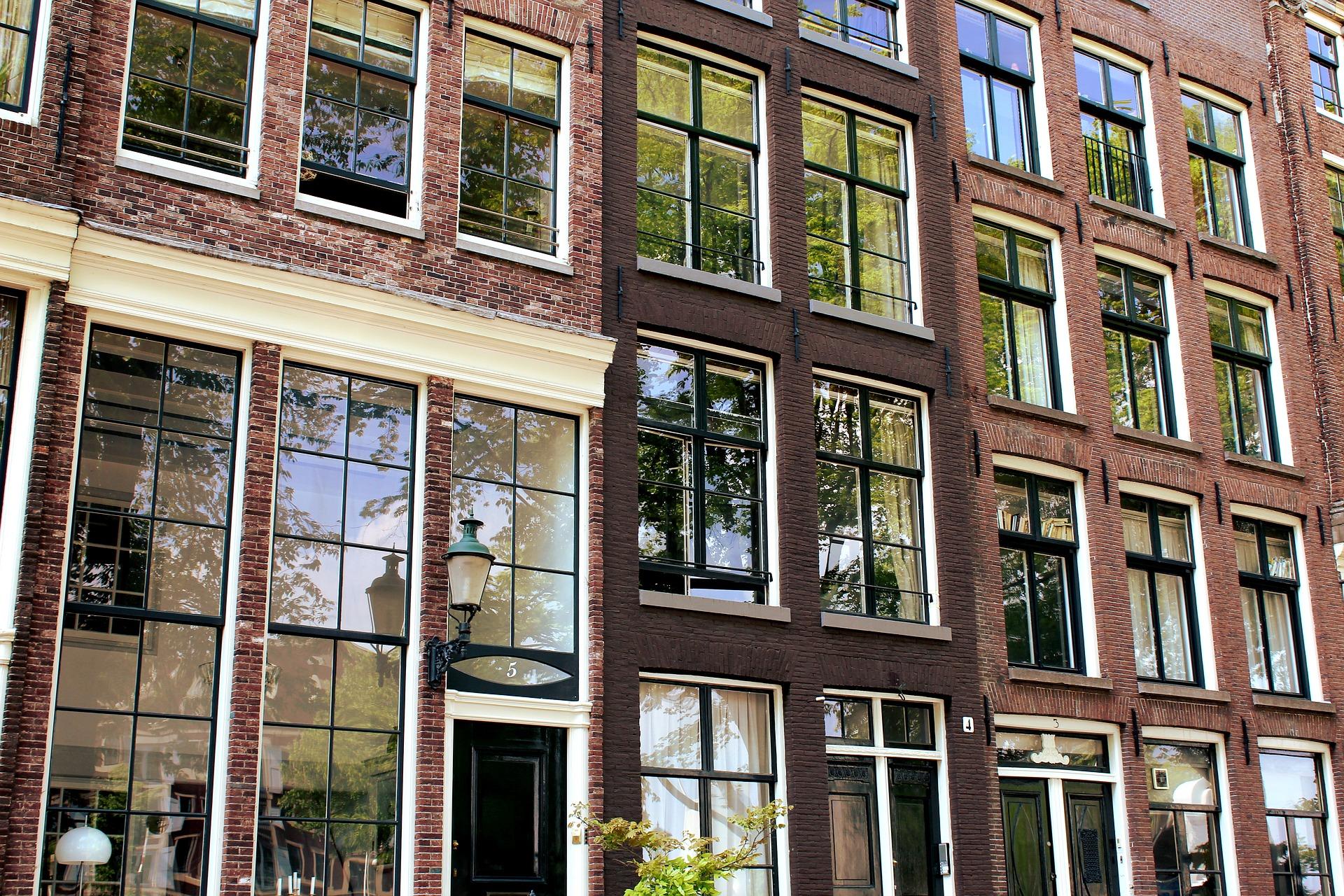 Kantoren Crisis Door Bouwstop In Amsterdam Wordt Steeds Ernstiger.